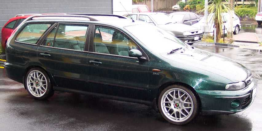 Fiat Marea Weekend Side